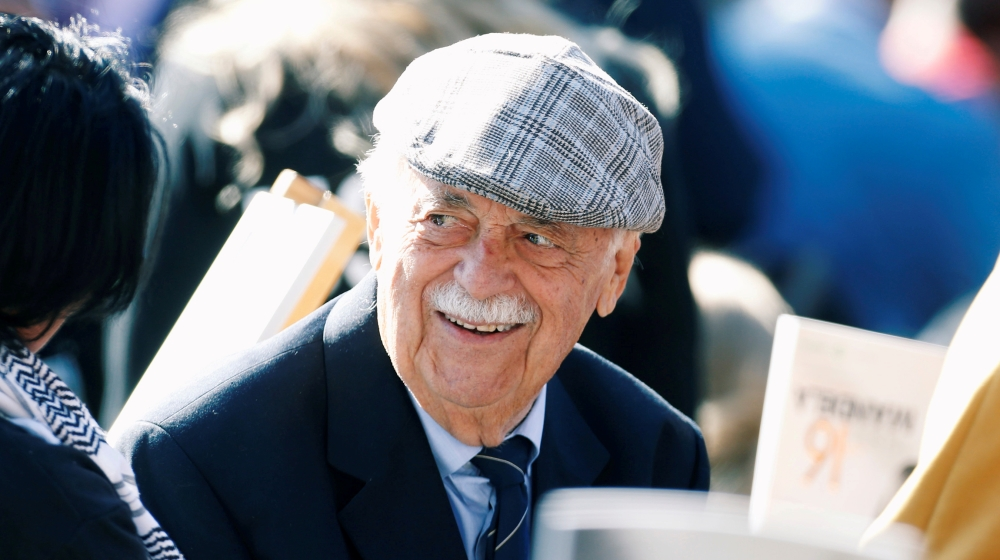 'Legendary': Prominent human rights lawyer George Bizos dies
