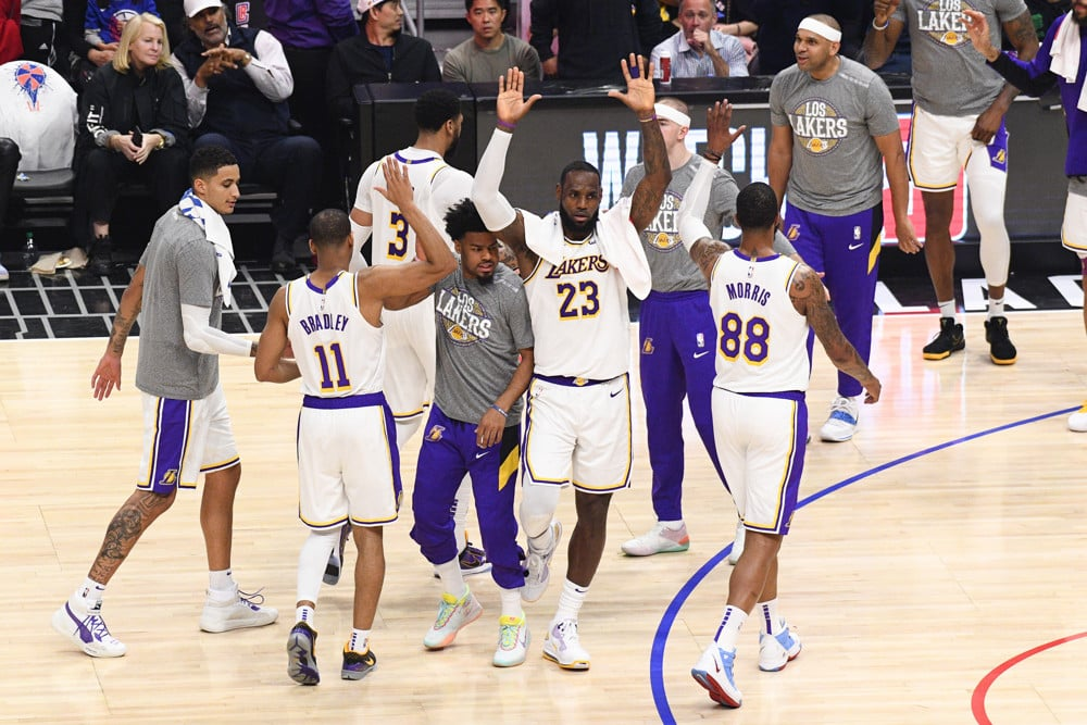 Davis and James Lead the Los Angeles Lakers To a Win Over Houston Rockets, 117-10