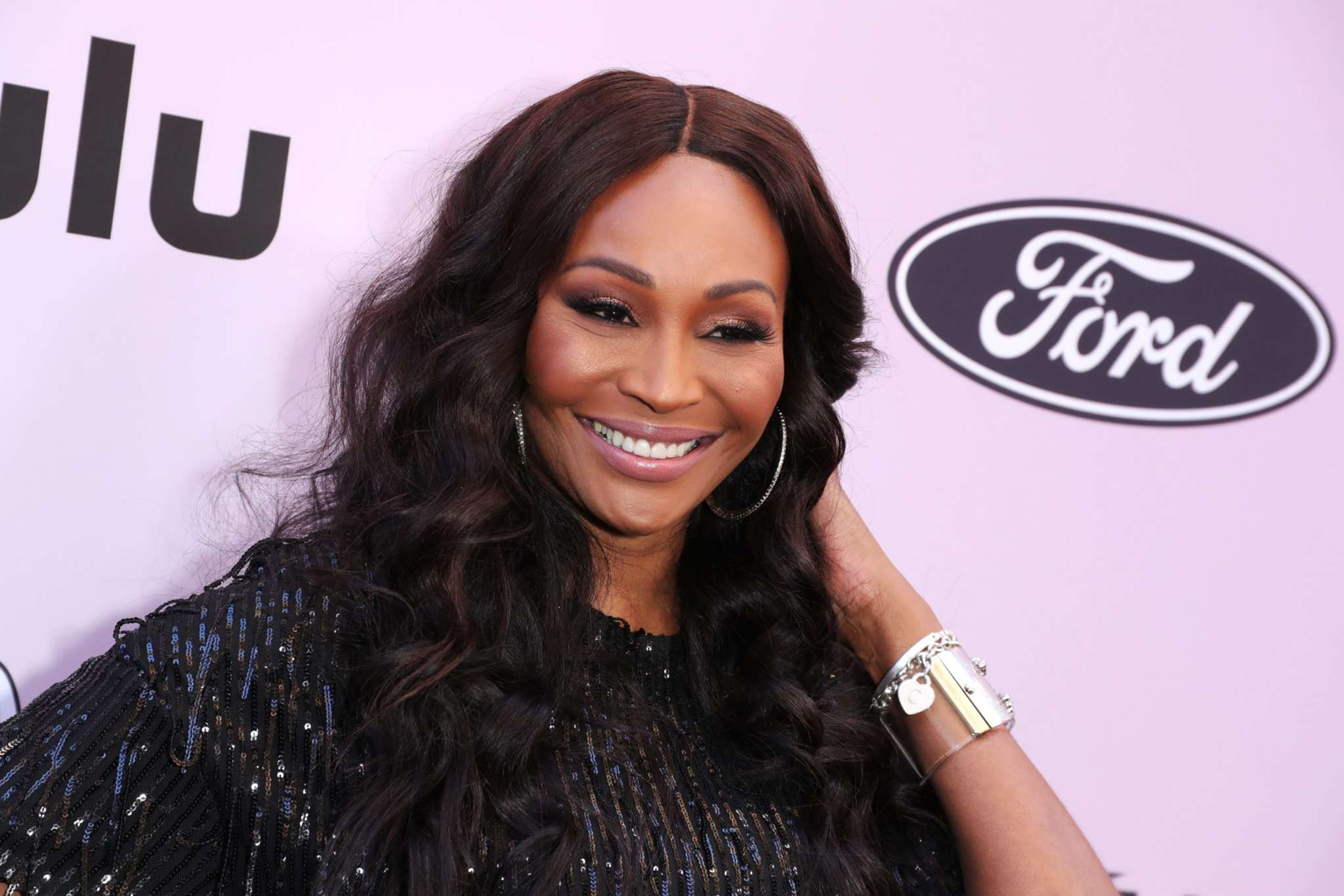 Cynthia Bailey Looks Gorgeous In An All-Black Outfit