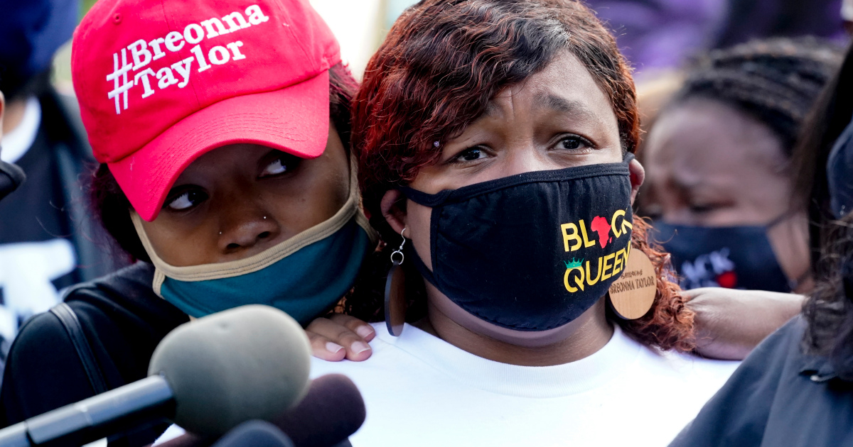 Breonna Taylor's family demands release of evidence in case