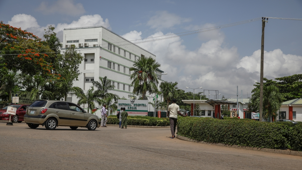 Nigerian doctors end strike over pay