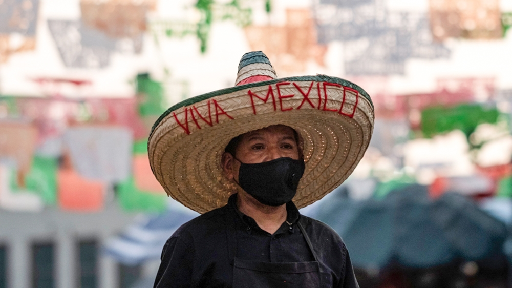 In Pictures: Subdued celebrations for Mexico's Independence Day