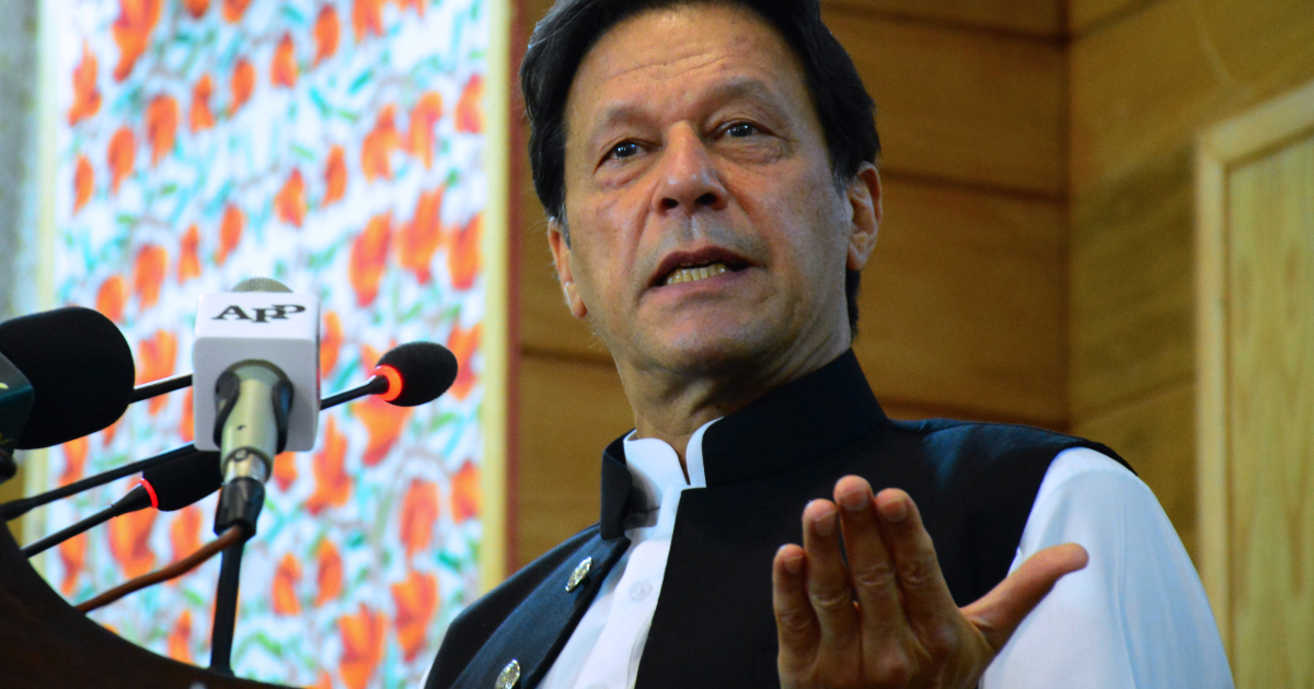 Pakistan PM: Talks with India only if Kashmir 'siege' is lifted