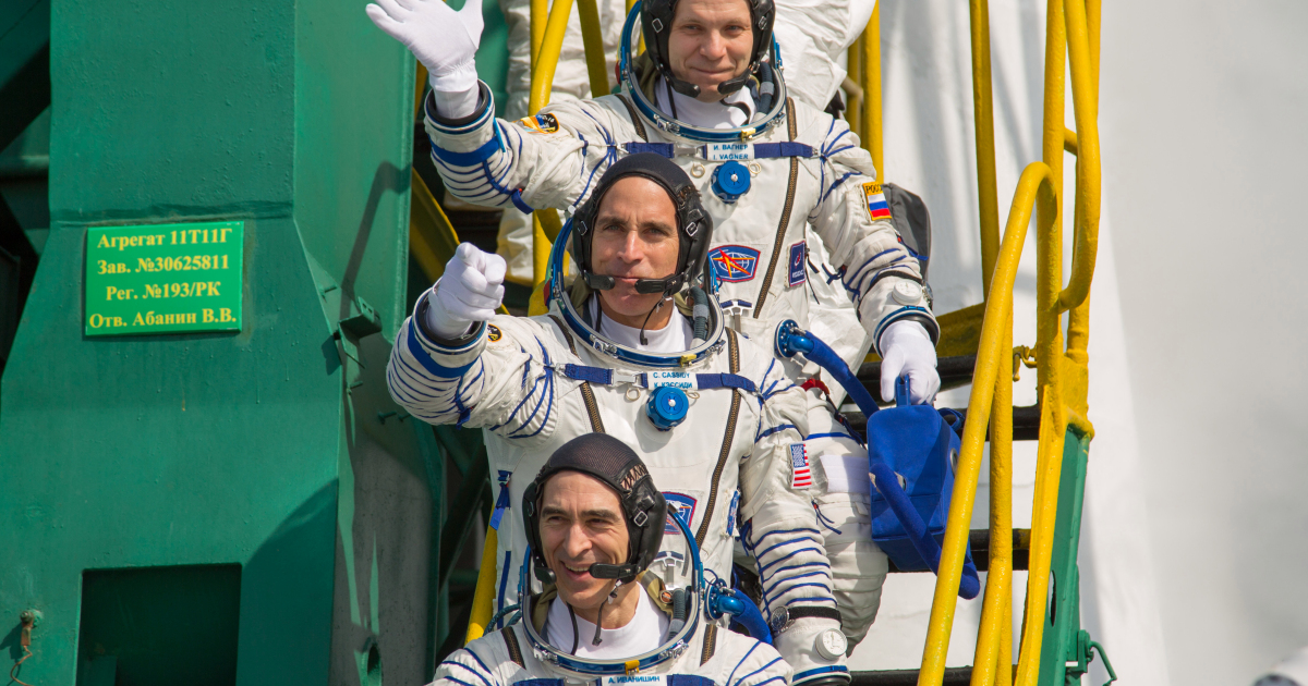 US-Russia crew back to Earth in first post-lockdown space mission