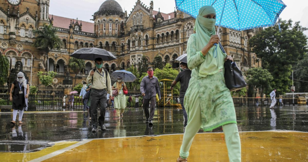 IMF deepens India's economic gloom, slashes growth outlook