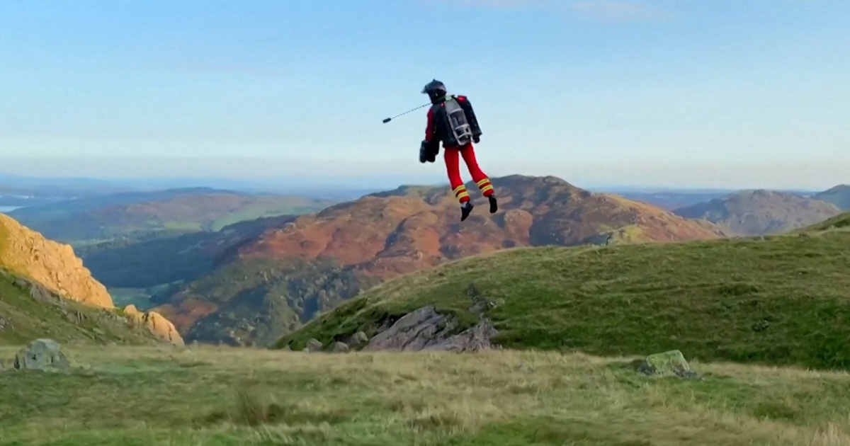 Jetpacks to the rescue on UK mountains