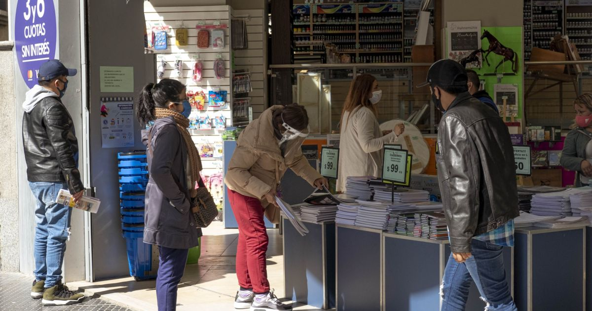 Used to crisis, Argentines pivot to survive COVID economic blow