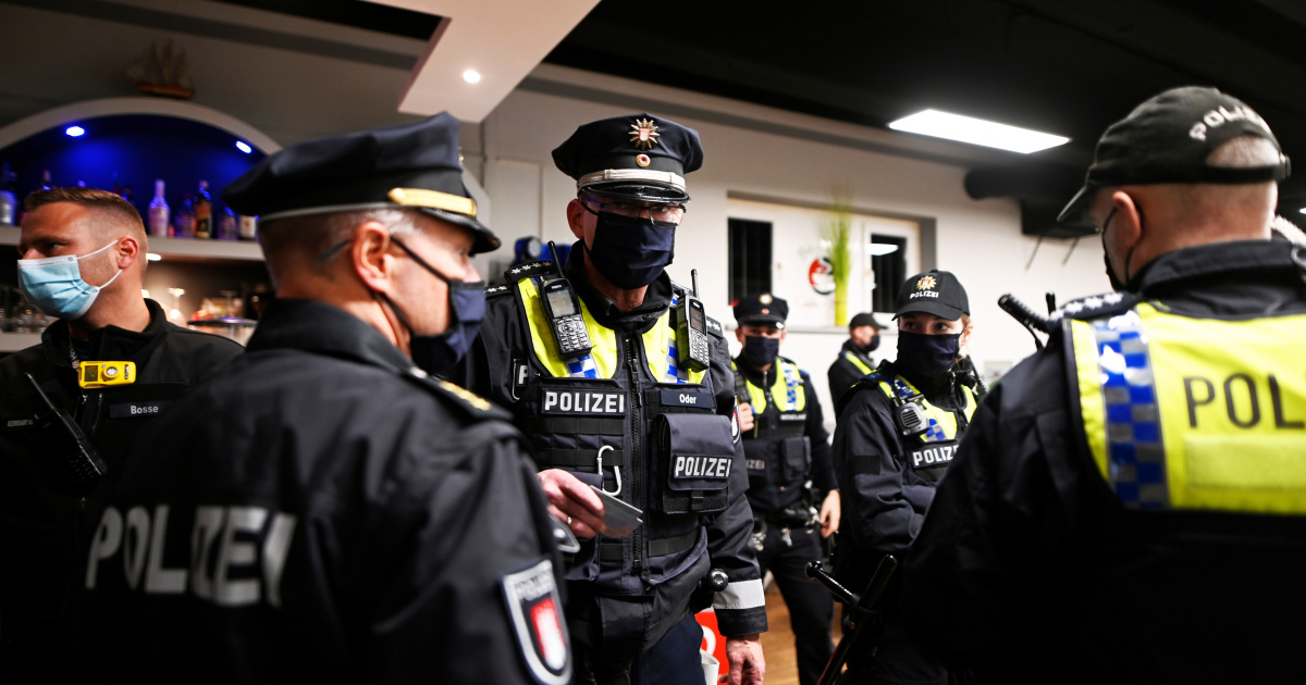 Germany tightens COVID-19 restrictions as numbers surge in Europe