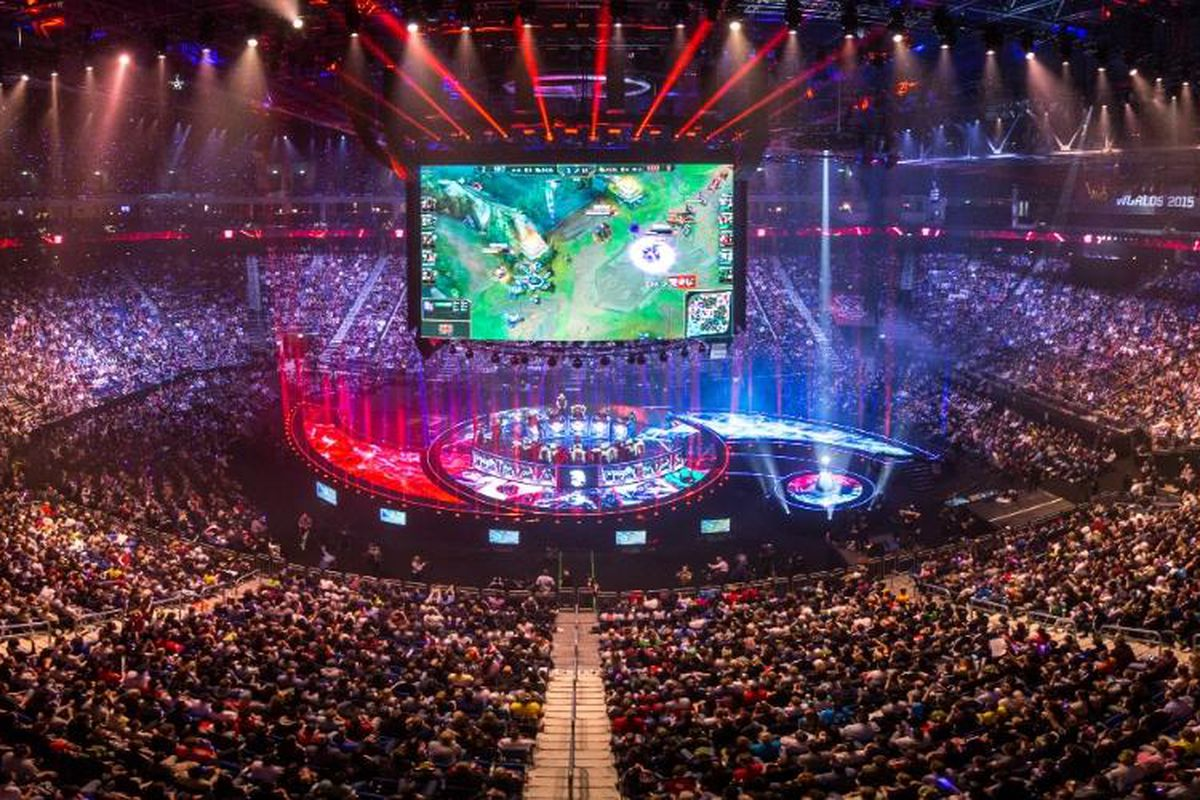 League Of Legends World Championship 2020 Main Group Event Day One: Team Solo Mid Vs Fnatic