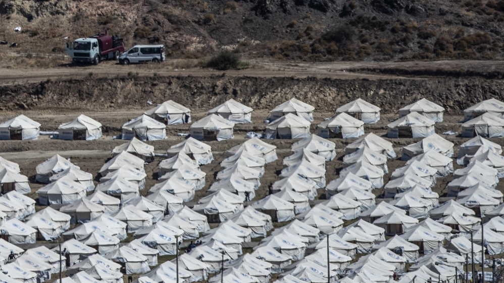 'Moria 2.0': Groups slam conditions at replacement refugee camp