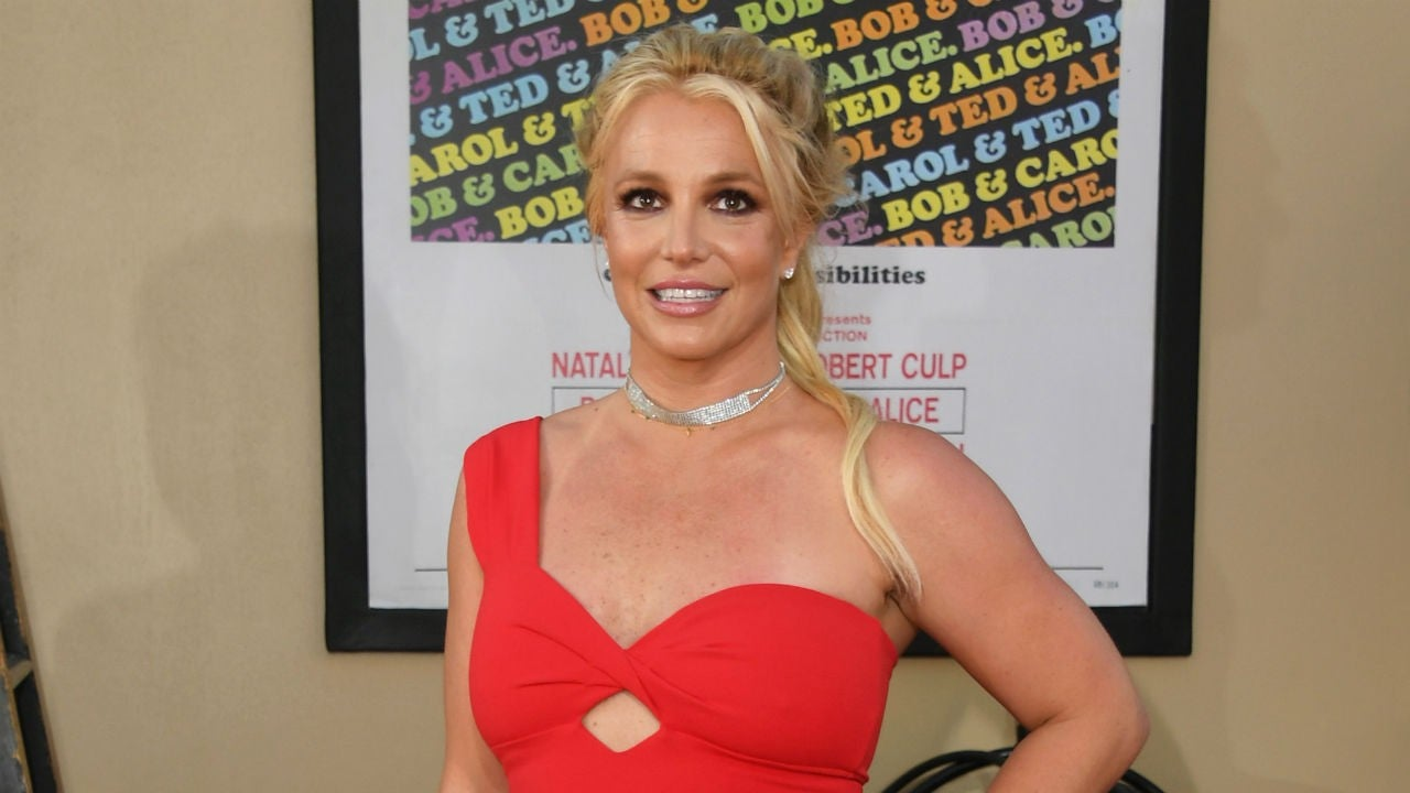Britney Spears Tells Fans She's Working On Herself During Hawaii Vacation With BF Sam Asghari