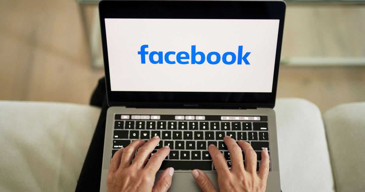 New US lawsuits could force Facebook to sell Instagram, WhatsApp
