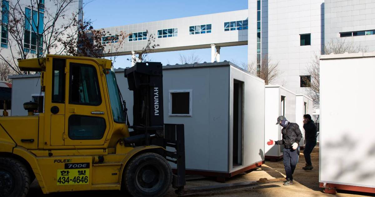 S Korea building container hospital beds as COVID cases rebound